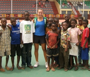 Anastasia Kharchenko, ICTA Academy and ICTA Pro Tennis Team, with Nigerian youth after match